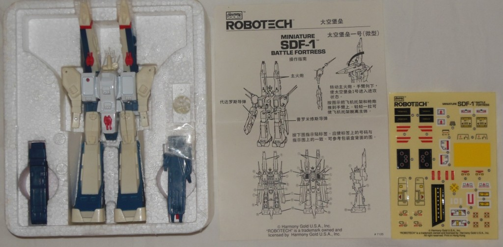 Robotech Miniature SDF-1 Battle Fortress by Harmony Gold ST styrofoam, instructions and stickers from anime Super Dimension Fortress Macross 1982-1983 超時空要塞マクロス