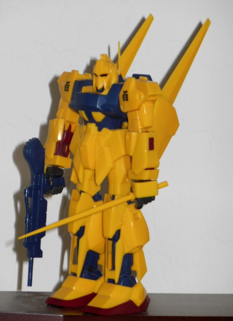 High Complete Model M100 Shiki MSN-00100 1/144 scale HCM 23 Z Gundam Japan 1985 loose front
