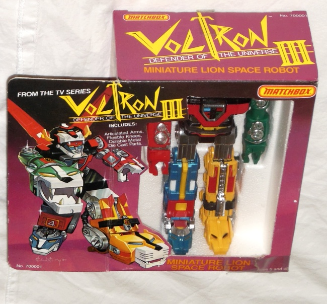 Voltron III Matchbox Defender of the Universe Miniature Lion Space Robot aka Golion top box cover GB-35 ST Popy 1981 from cartoon Voltron Defender of the Universe 1984-1985 other names Beast King GoLion, Hundred-Beast King Go Lion, Hyakujū Ō Golion, King of Beasts Golion, Lion Force Voltron, Voltron III, Voltron of the Far Universe, Voltron, difensore dell'universo, Voltron, el defensor del universo,百獣王ゴライオン