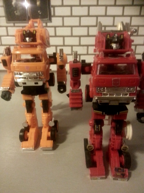 Inferno and Grapple 1984 1985 Transformers Generation 1 Japanese ID number 10 47 G1