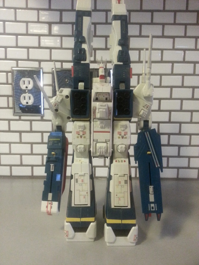 "Macross SDF-1 DX 1/3000 scale 12"" Battle Fortress- Takatoku Toys 1984 Storm Attacker Construction from anime Super Dimension Fortress Macross(超時空要塞マクロス, Chōjikū Yōsai Makurosu) 1983-1984"