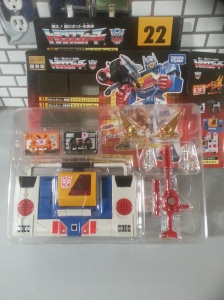 Twincast G1 Encore 22 Takara Tomy 2012 Transformers Autobot Generation 1 Japanese ID number: C-116 1987 Foreign names Japanese- Broadcast(ブロードキャスト Burōdokyasuto), English- Billy, Blaster (Omni Productions dub Twincast), French- Tempo, Italian- Radiorobot, Audiobot, Digital (Twincast), Portuguese Rajada (Gust), Dinamitador, Spanish- Bill, Plato, Platon