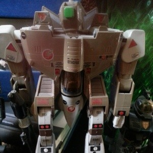"""Macross VF-1A Standard Type Battroid Valkyrie(超時空要塞マクロス 1/55 VF-1A標準タイプ バトロイドバルキリー) DX 1/55 scale 12"""" Battle Fortress- Takatoku Toys(タカトクトイス) 1983 Cannon Fodder Japan from anime Super Dimension Fortress Macross(超時空要塞マクロス, Chōjikū Yōsai Makurosu) 1983-1984"""